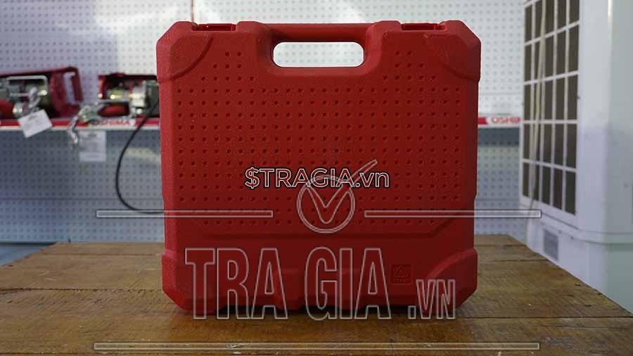 Hộp đựng máy khoan pin Oshima kiểu vali giúp người dùng dễ dàng mang đi