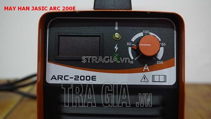 Bảng điều khiển của máy hàn điện tử ARC-200E