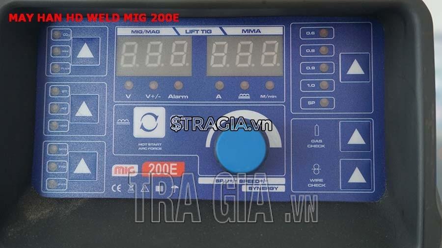 Bảng điều khiển của máy hàn điện tử Weld MIG 200E
