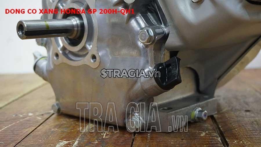 Chân của máy nổ Honda GP 200H QH1 dày giúp máy không bị rung lắc khi hoạt động
