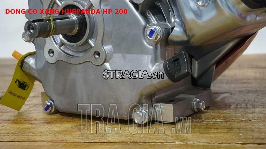 Chân máy nổ Huspanda HP200 dày giúp máy không bị rung lắc khi hoạt động