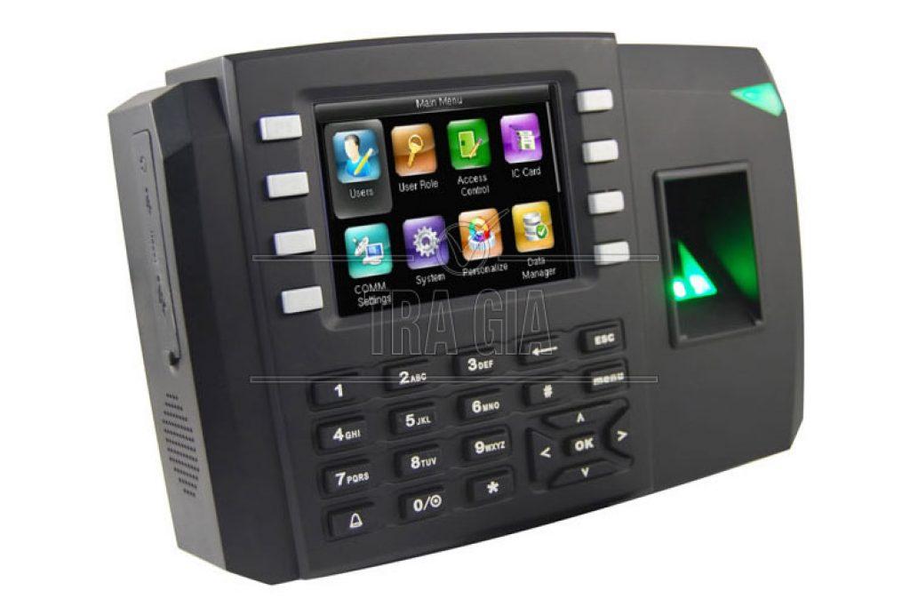 Máy chấm công Ronald Jack TFT 600 với giao diện màn hình Android